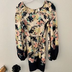 Silky smooth floral dress!